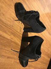 Chic Laced Black Ankle Boots/Shoes