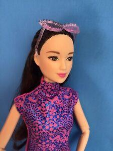Barbie Doll Asian in Modern Cheongsam Dress with Sunglasses &Accessories Mattel