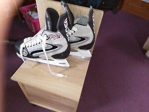 Sher Wood Hockey Ice Skates Size UK 7