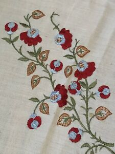 Pretty ! Antique Vintage Linen - Handmade Embroidered Tablecloth Cloth