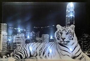 LED Bild Bilderrahmen 65 cm x 45 cm Leuchtbild Samarkand-Lights Tiger City