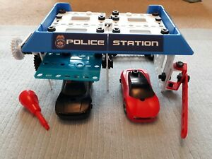 Meccano Police Station