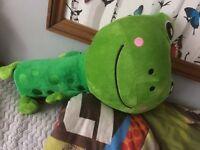 GOSH TRAVEL PALS SOFT TOY GREEN FROG SEAT BELT COVER PILLOW APPROX 21 INCHES
