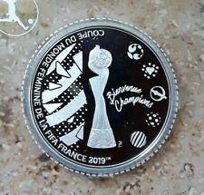 OFFIZIELLE SILBER-GEDENKAUSGABE FIFA FUSSBALL WM DER FRAUEN - FRANCE 2019 - PP