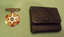 1929 Odd Fellows Gold 30 year Medal w  Lilley case Engraved Bateman