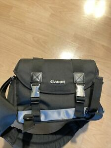 Canon 100DG Large Digital DSLR Camera Padded Shoulder Bag