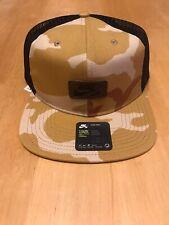 Nike SB Snapback Trucker Hat Desert Camo Rare Dunk