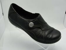 Clark's Womens Black Leather Slip on Button Loafer Oxford Casual Shoe S131