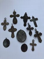 LOT of 11 VINTAGE or ANTIQUE CATHOLIC CRUCIFIXES MEDALS INSTANT COLLECTION