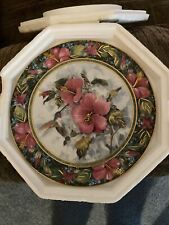 """Royal Doulton """"The Imperial Hummingbird"""" Plate #Mw9400"""