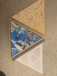 Rare Dutch Nienhuis Atlantis Triangle 24 piece puzzle (24 pcs) in wooden box