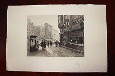 ✒ ca.1930 Pierre-Yves PETIT YVON - PARIS porte St Denis rue de la Lune - signée