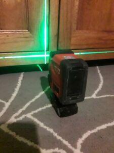 Hilti PM2-LG green beam cross line laser