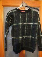 Ladies loose knit tartern patterned jumper by boohoo.  Size S