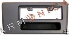 Mascherina adattatore radio ISO-Volvo S60,V70 fino 2004