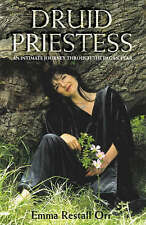Druid Priestess: An intimate journey through the pagan year, 0007107692, Very Go