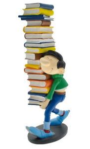 Gaston Lagaffe statuette de collection Gaston portant une pile de livre 003009