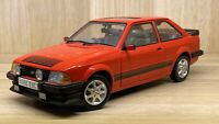 Sun Star 1:18 Scale - Ford Escort RS 1600i - Red - Diecast Model Car