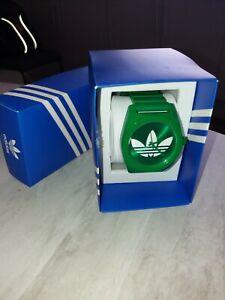 Adidas Green Analogue Watch RETRO (just needs battery) boxed