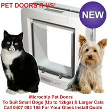 NEW - WHITE SureFlap MICROCHIP Pet Door for Cats & Dogs. A+ Pet Door -LARGE SIZE