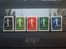 K 821  NETHERLANDS  1939 NVPH  327  -  331  MNH
