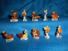 SCOOBY DOO KING CAKE Set of 10 Mini Figurines French Porcelain FEVES Figures