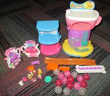 LOT OF SQUINKIES COASTER CAFE, SHOPPING MALL, TEAPOT BAKERY, 8 SQUINKIES & BALLS
