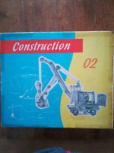 Alter Metallbaukasten Construction, 02 DDR- Baukasten