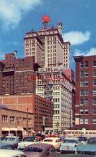 DOWNTOWN DALLAS STREET SCENE SHOWING THE MAGNOLIA BUILDING circa 1955