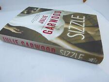 SIZZLE Julie Garwood 1ST ED HCDJ ROMANTIC SUSPENSE COMBINED SHIPPING