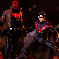 DC Comics Battle Scene Multipack - Nightwing vs. Red Hood Figures CNFRMD ORDER