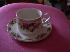 Retroneu Prestige English Roses 1 Set of Cup and Saucer