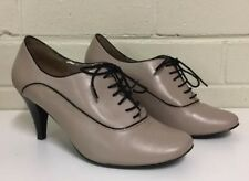 Diana Ferrari 'Shandi' Lace Up Ankle Boot Heels Beige Black Sz 9 Vintage Pin Up