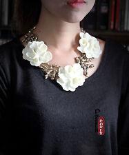 Collier Grosse Fleur Blanc Branche Corail Baroque Original Mariage Rétro OSC 5