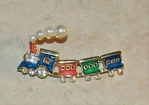 Vintage Cookie LeeTrain Fake Pearl Rhinestone Enamel Goldtone Pin Jewelry