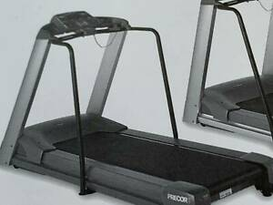 Treadmill -Precor 9.33i pick up Newport