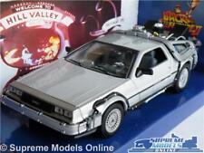 DELOREAN BACK TO THE FUTURE II 2 MODEL CAR 1:24 SCALE 1980'S FILM WELLY K8