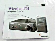 RADIO SHACK  wireless FM  microphone system 49MHz - clip on mic - crystal clear