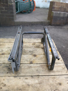 IVECO DAILY DRIVERS SEAT BASE RHD 2007 - 2013