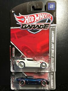 2010 Hot Wheels Lot of 2 Corvette Sing Ray Concept GM Garage Series White & Navy