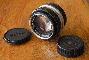 Nikon Nikkor S 5.8cm F1.4 manual focus lens circa 1960 -58 mm F/1.4 w Kogaku Cap