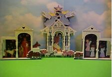 Sheila's Nativity Heartsville Series Town Square Nativity 3 pieces