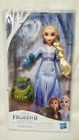 DISNEY FROZEN 2 ELSA FASHION DOLL TRAVEL OUTFIT WITH PABBIE & SALAMANDER FIGURES