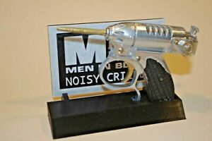 Men in Black Noisy Cricket MiB Prop Gun Cosplay With Display Stand & Logo NEW!!!