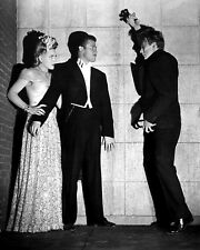 """EVELYN ANKERS, TURHAN BEY & DAVID BRUCE IN """"THE MAD GHOUL"""" - 8X10 PHOTO (CC473)"""