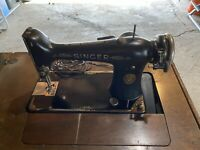 Vintage 1923 Singer Sewing Machine with Cabinet - Model 101 - Works Great!