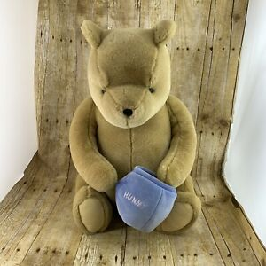 Gund Classic Pooh Plush With Hunny Pot Large 20 Inch Sitting Huggable Soft