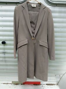 Reed Hill 3 piece Taupe SaddleSeat suit Great condition!! sz 14