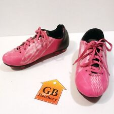 2.5 Size Youth Girls Soccer Cleats shoes Umbro brand Faded style Pink color -522
