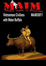 Vietnamita civiles con búfalo de agua / 1:35 Escala Resin Model Kit